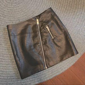 Faux leather mini skirt large